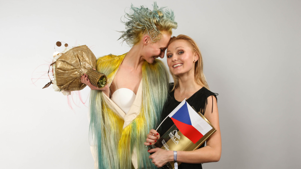 ITVA_Gold_Award_Young_Talent_Lenka Walderov+í a Beata_foto Mat+¦+í T+¦th