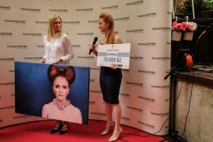 Marie Doleºalová, Jana Hediková - majitelka kv+tiná²ství Provoní