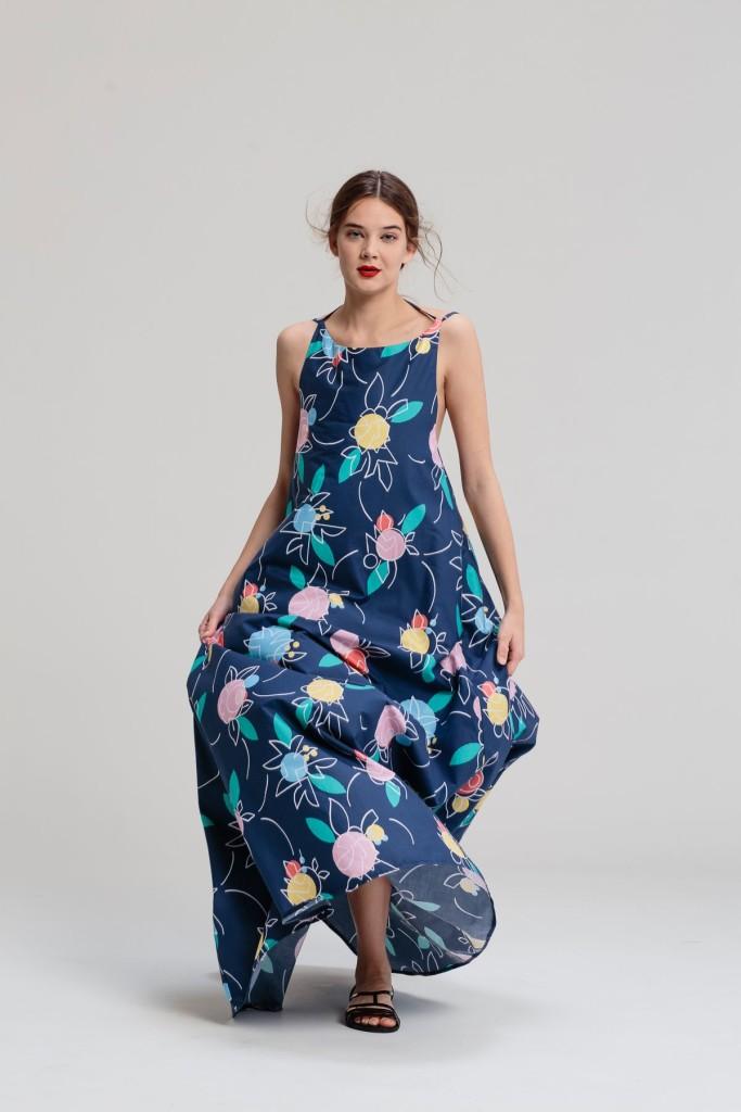Lenka Sršňová. Maxi šaty Fullove ruže 260€. www.lenkasrsnova.sk