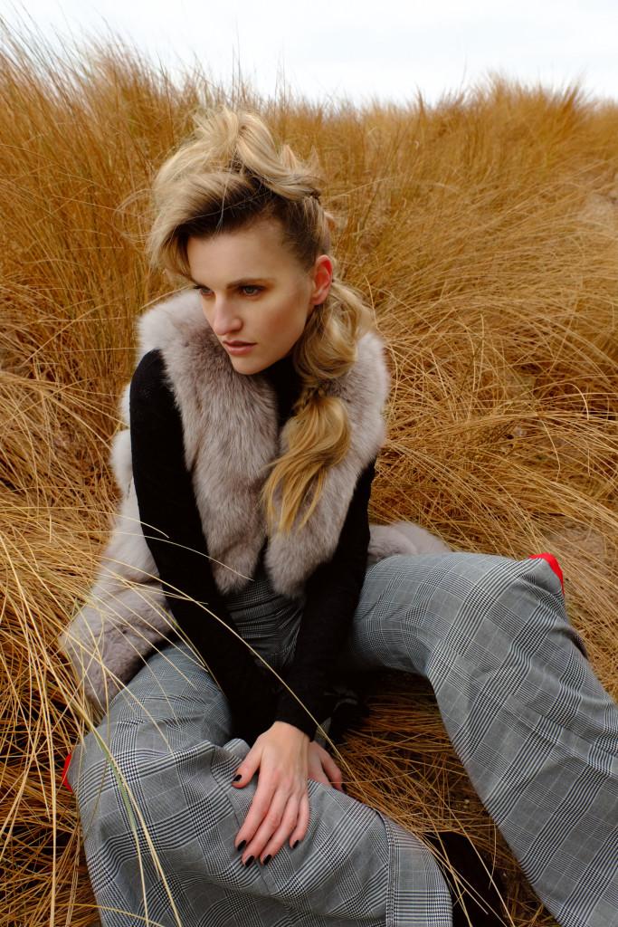 Veronika Chmelířová, Forstaelse, Hair studio Honza Kořínek (15)