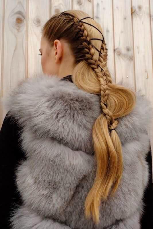 Veronika Chmelířová, Forstaelse, Hair studio Honza Kořínek (19)