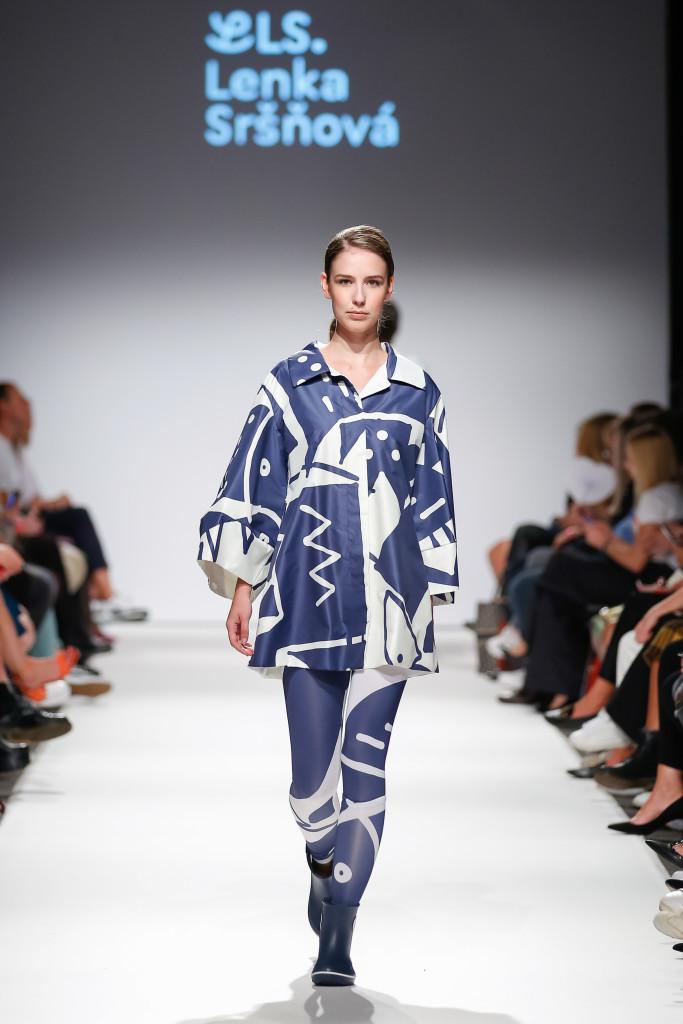 2018-09-15-MQVFW-19-00h-b-Lenka Srsnova presented by The Slovakian Institute in Vienna _ Fashion LIVE!-Press-004