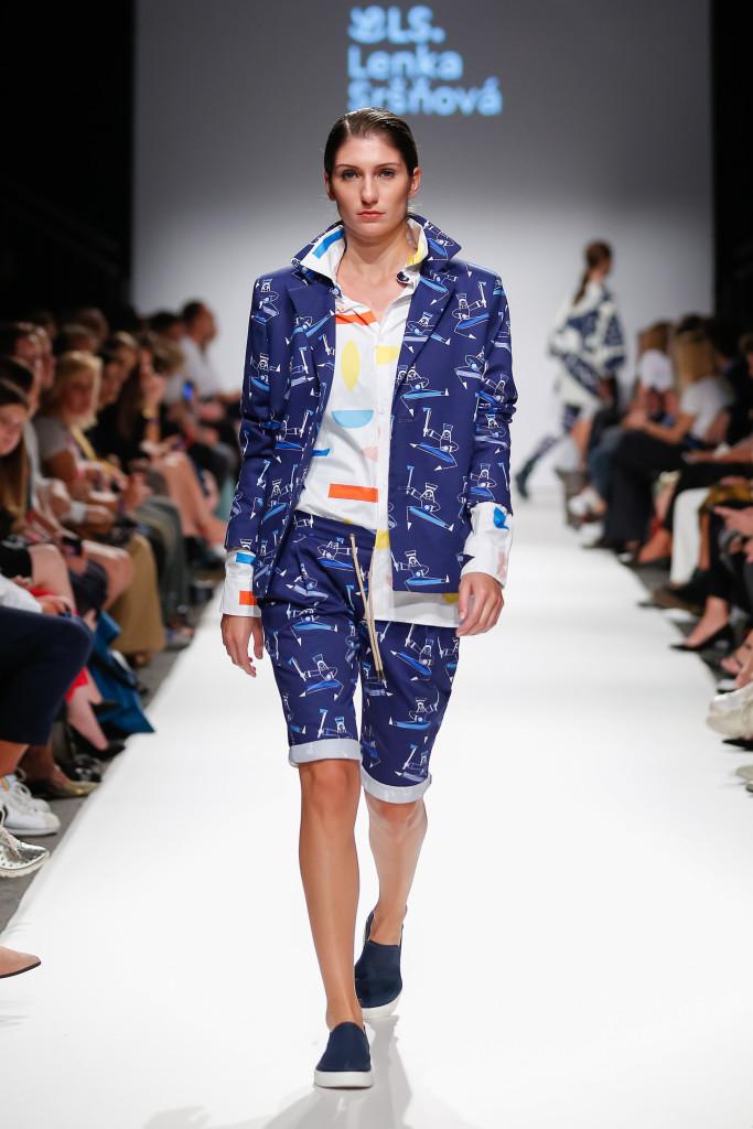 2018-09-15-MQVFW-19-00h-b-Lenka Srsnova presented by The Slovakian Institute in Vienna _ Fashion LIVE!-Press-005