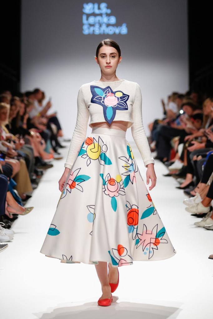 2018-09-15-MQVFW-19-00h-b-Lenka Srsnova presented by The Slovakian Institute in Vienna _ Fashion LIVE!-Press-007