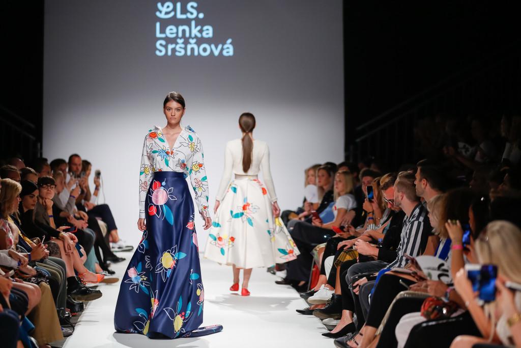 2018-09-15-MQVFW-19-00h-b-Lenka Srsnova presented by The Slovakian Institute in Vienna _ Fashion LIVE!-Press-008