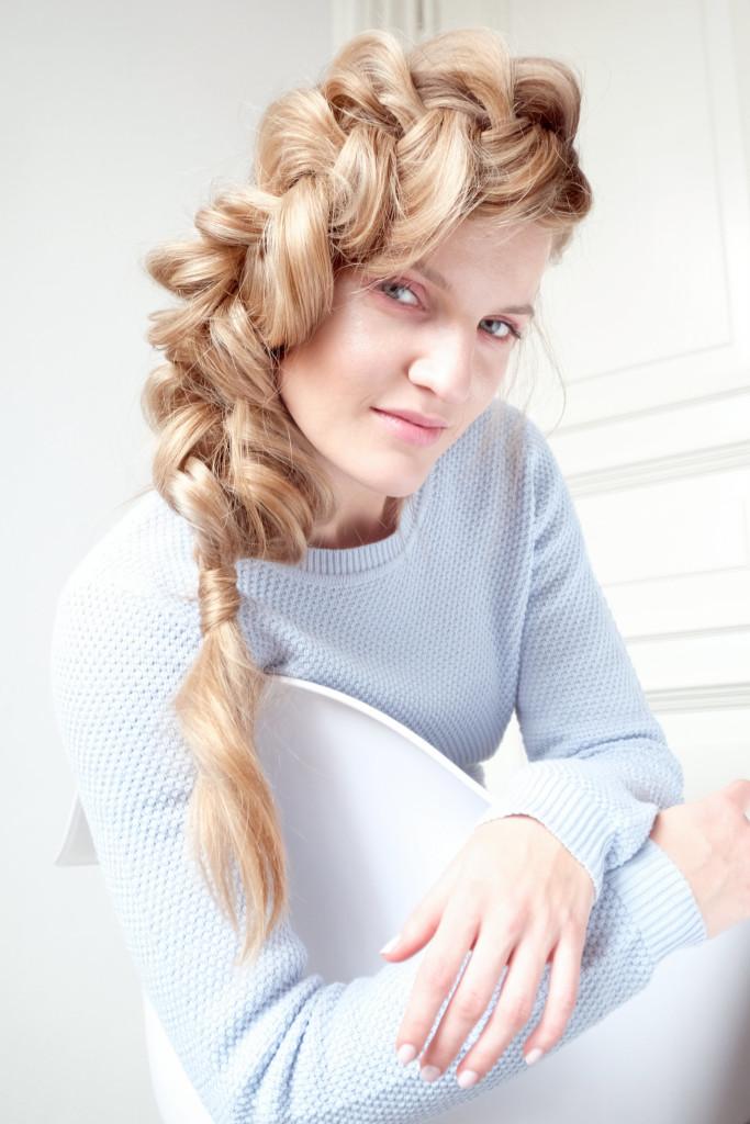 Veronika Chmelířová, Humility, foto Hair studio Honza Kořínek (3)
