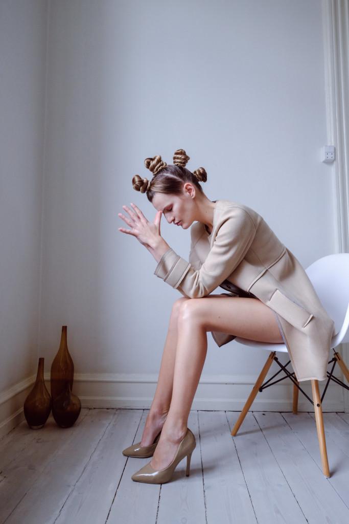 Veronika Chmelířová, Humility, foto Hair studio Honza Kořínek (9)