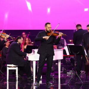Janoska Ensemble počas ich hudobného vystúpenia